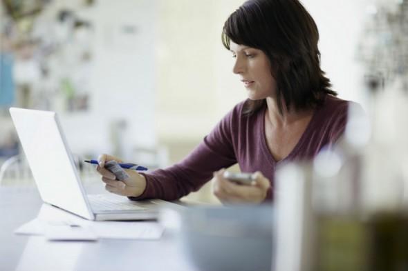 Desde el pasado 15 de enero es obligatorio tramitar con las administraciones públicas la facturación electrónicamente. / GT.