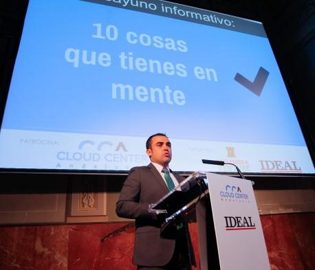 José María Prados, Director de Desarrollo de Negocio de Grupo Trevenque, expone ante los asistentes las claves del éxito de CCA. / Ramón L. Pérez