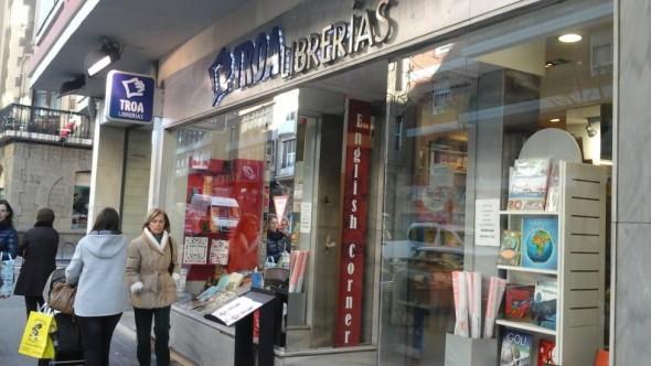 Uno de los 20 puntos de venta que tiene Troa Librerías en España. / G.T.