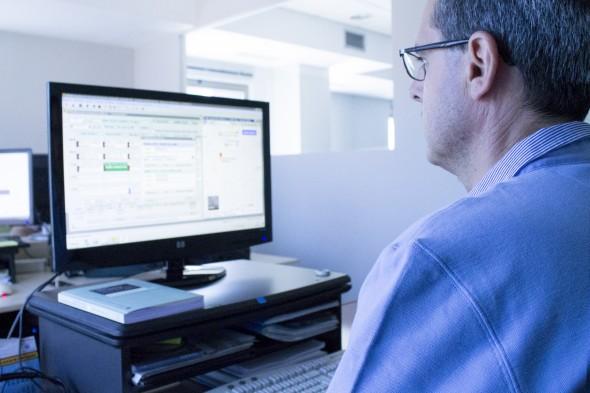 Un total de 107 profesionales, en su mayoría informáticos, componen el equipo de Grupo Trevenque. / G.T.